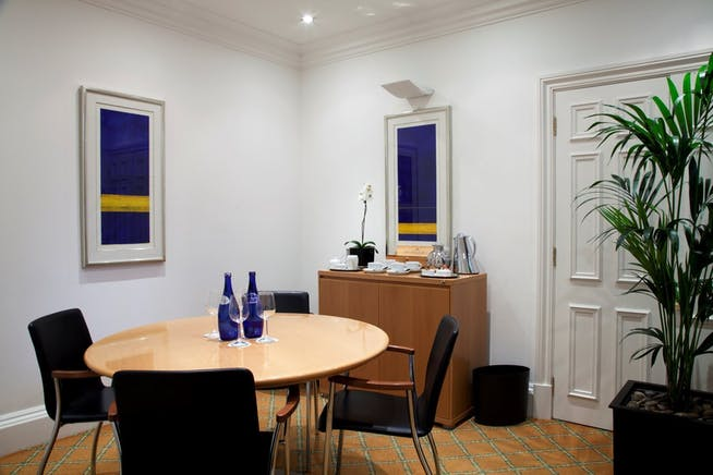 53 Davies Street, Mayfair, London, Serviced Office To Let - 003_Property.jpg