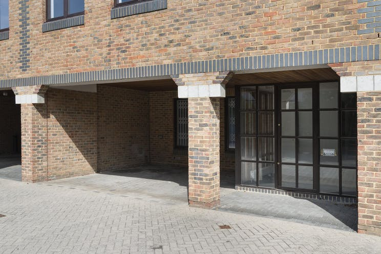 Unit D Thames Mews, Unit D, Thames Mews, Esher, Offices To Let - IW-100619-GKA-016.jpg