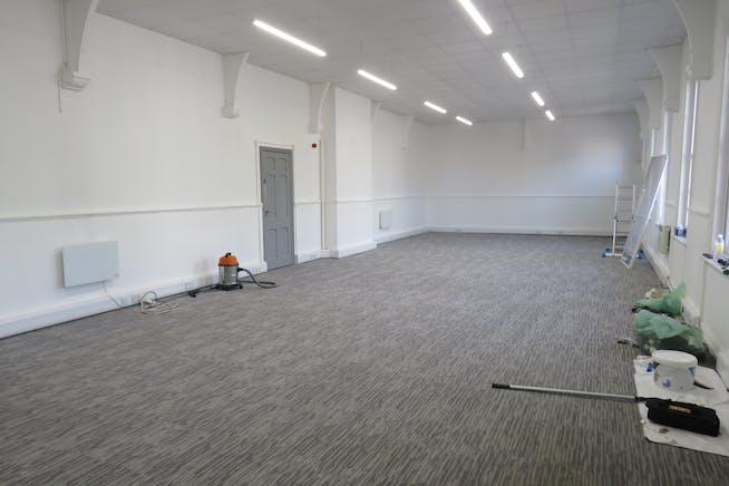 Suite 1, Studio 40, 40 Lynchford Road, Farnborough, Offices To Let - IMG_0529.JPG