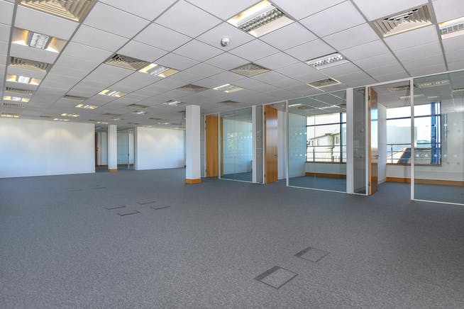 Charta House, Church Street, Staines-Upon-Thames, Office To Let - 369592 (4).JPG
