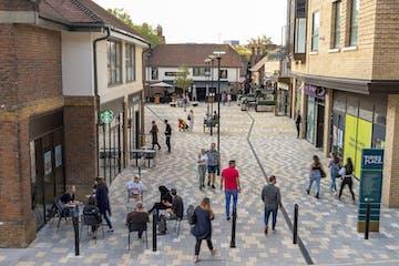 Piries Place, Horsham, Retail To Let - Horsham 0227 sv.jpg