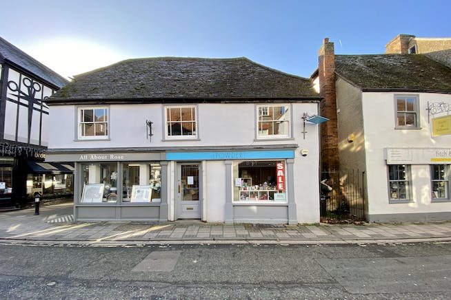 17A Buttermarket, Thame, Retail To Let - FRONT.JPG