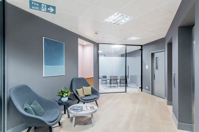 Sentinel House, Marylebone, London, Office To Let - sentinelhousemaryleboneofficetoletwaitingarea.jpg