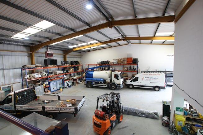 4 Riverwey Industrial Park, Alton, Warehouse & Industrial To Let - IMG_0089.JPG