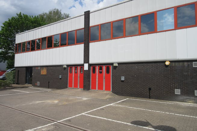 Units 3 & 4 Byfleet Technical Centre, Canada Road, Byfleet, Warehouse & Industrial To Let / For Sale - IMG_9293.JPG