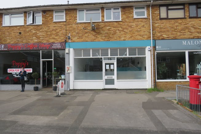 16 Northfield Road, Fleet, Offices / Retail For Sale - IMG_0751.JPG