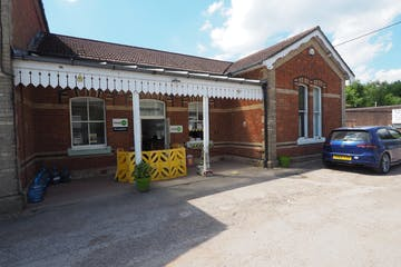 Station House North, Warnham, Office To Let - P5210039.JPG