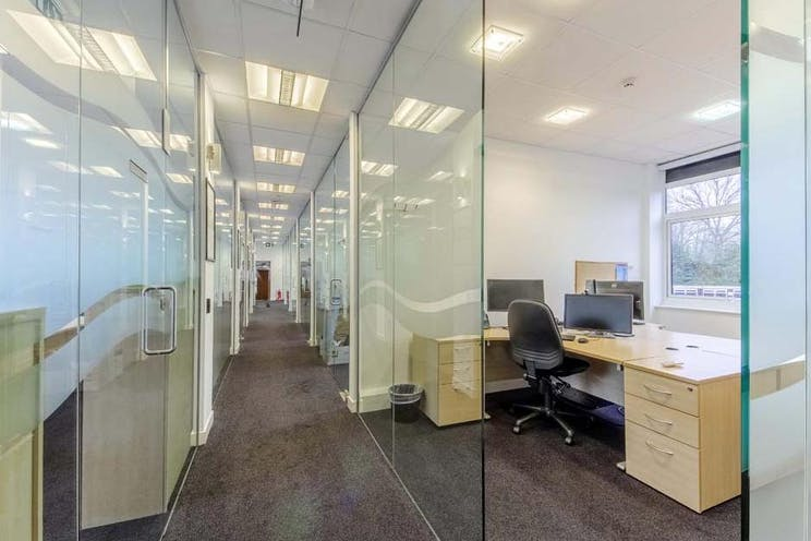 1st Floor Solent House, Lansbury Business Estate, Lower Guildford Road, Woking, Offices To Let - lansbury 17 internal2.jpg