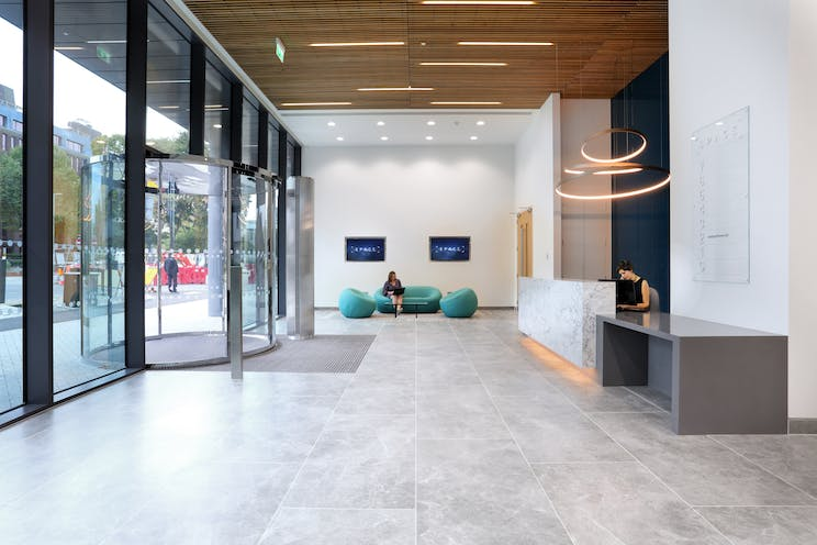 Space, 68 Chertsey Road, Woking, Offices To Let - AWP_1528.jpg