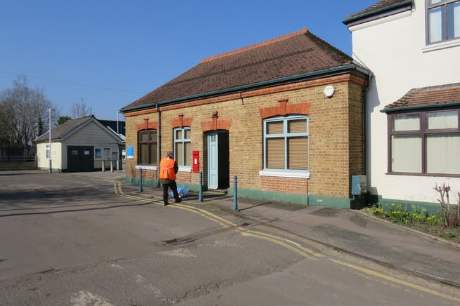 Former Station Ticket Office, Station Approach, Wanborough, Guildford, Warehouse & Industrial / Open Storage Land / Offices To Let - IMG_0707.JPG