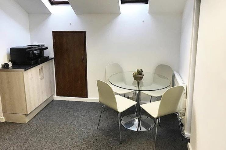 Grosvenor House, 8 High Street, Cobham, Offices / Serviced Offices To Let - Kitchen area.jpg