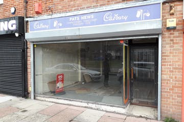73 St. Nicholas Avenue, Gosport, Retail / Restaurant / Takeaway To Let - 20201117_113211.jpg