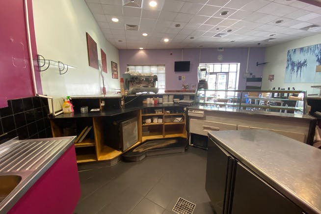 5 The Grove, Stratford, Retail To Let - IMG_2118.jpg