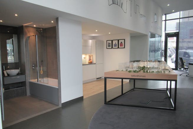 Unit 1, Unex Tower, London, Office / Retail To Let - IMG_1853.JPG