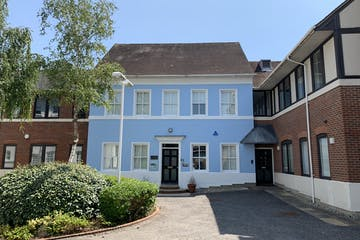 Reeve House, Dorking, Offices To Let - IMG_3512.jpg