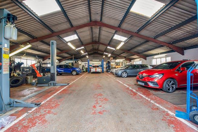 Townsend Garage Thame Road, Haddenham, Industrial For Sale - WORKSHOP.jpg