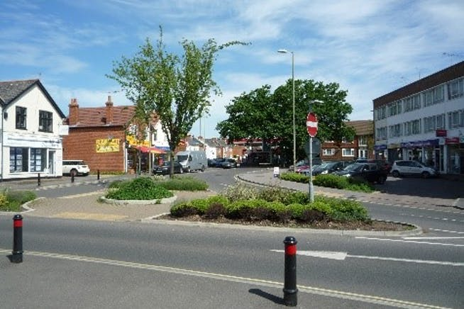 67 Cove Road, Farnborough, Retail To Let / For Sale - Photo 3.jpg