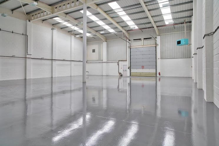 Unit B2 Kingswey Business Park, Forsyth Road, Woking, Warehouse & Industrial To Let - Unit B2 warehouse.jpg
