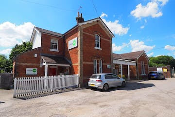 Station House South, Warnham, Office To Let - P5210054.JPG