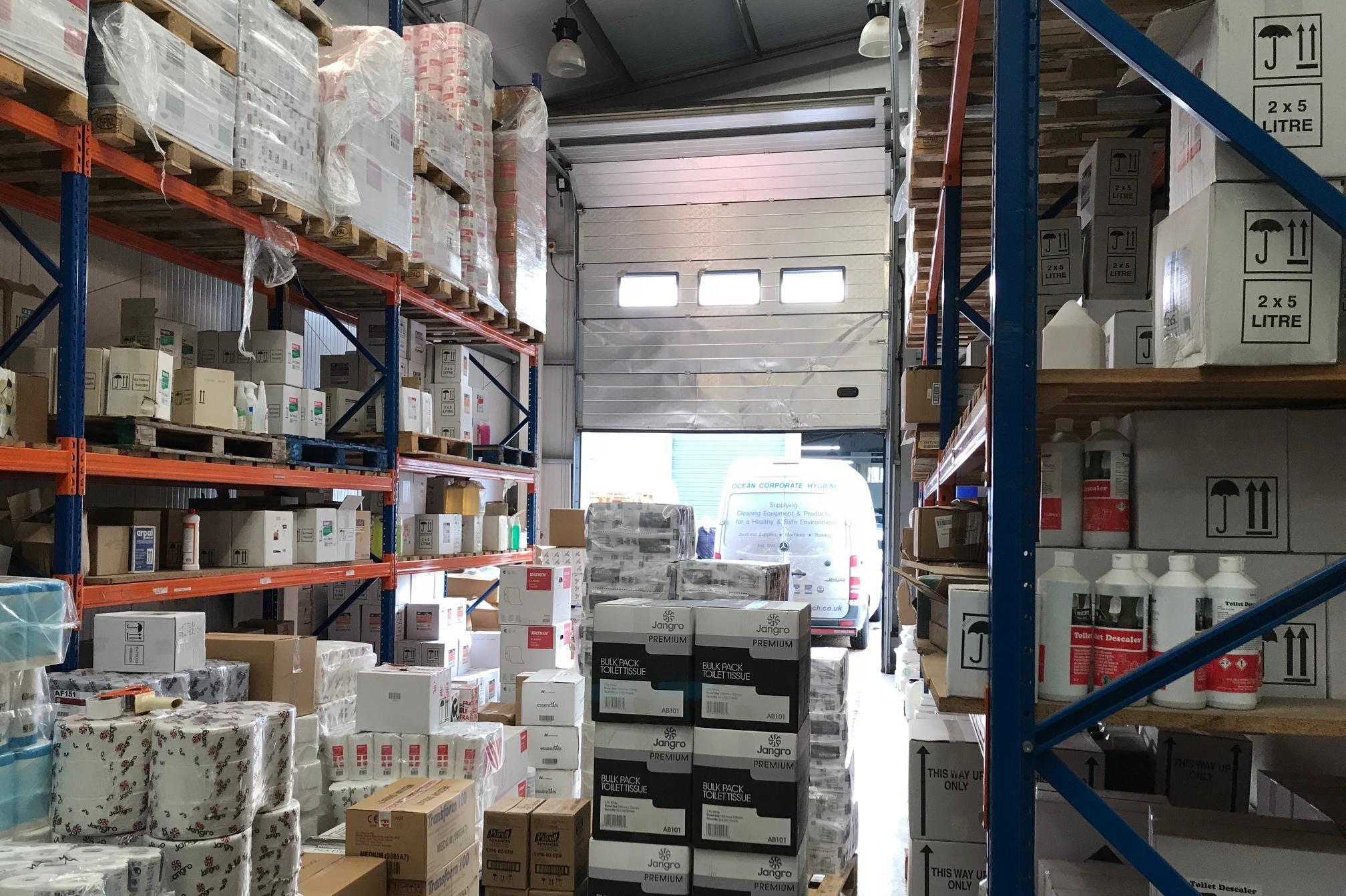 Ocean House, Sunbury, Industrial To Let - IMG_7898.jpg