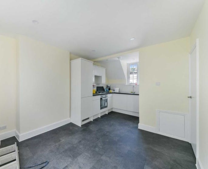 Devonshire Close, London, Residential To Let - Devonshire Close kitchen.jpg