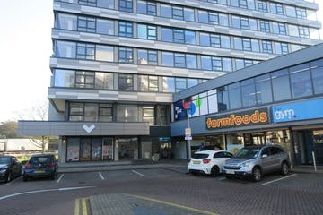 Unit 18, Sunbury Cross Shopping Centre, Staines Road West, Sunbury On Thames, Retail To Let - IMG_1099.JPG