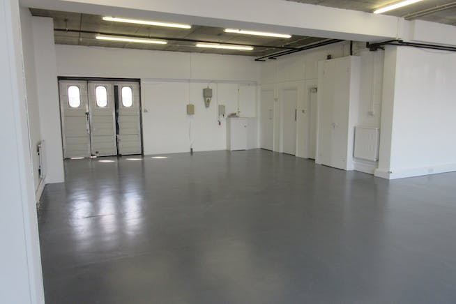 Units 3 & 4 Byfleet Technical Centre, Canada Road, Byfleet, Warehouse & Industrial To Let / For Sale - IMG_9279.JPG