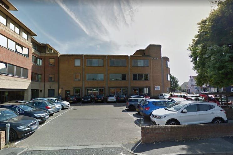 Hartshead House, 61 Victoria Road, Farnborough, Offices To Let - hart 1.jpg