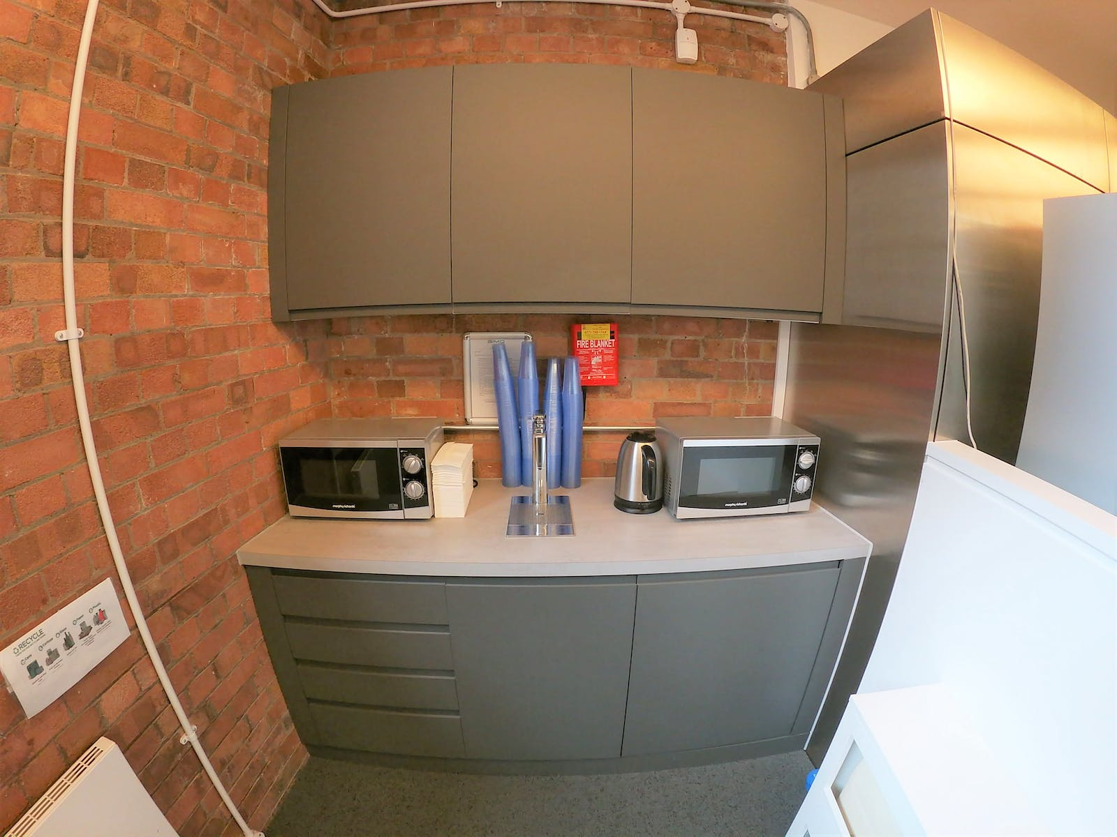 1-7 Boundary Row, London, Office To Let - Kitchen