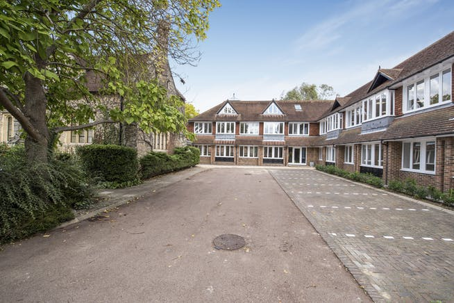 Suite 4 Masters Court, Church Road, Thame, Office To Let - Fields-22.jpg