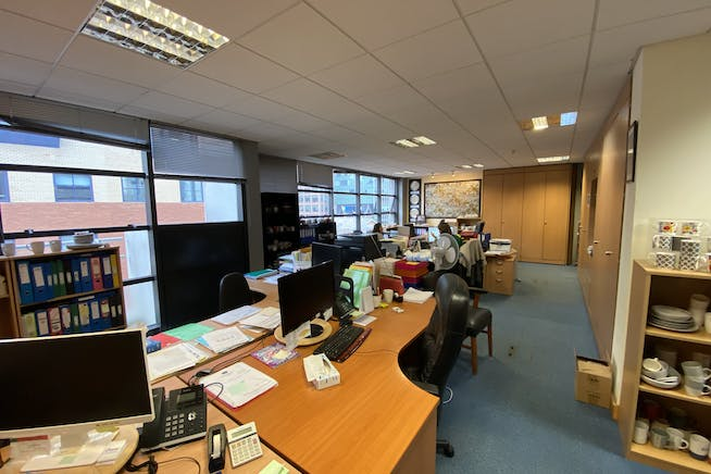 Suite 30 Beaufort Court, Admirals Way, London, Office / Investment For Sale - IMG-5945.jpg
