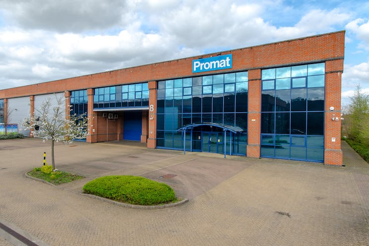 Unit 8 The Sterling Centre, Eastern Road, Bracknell, Industrial To Let - TheSterlingCentreExternalPhoto.jpg