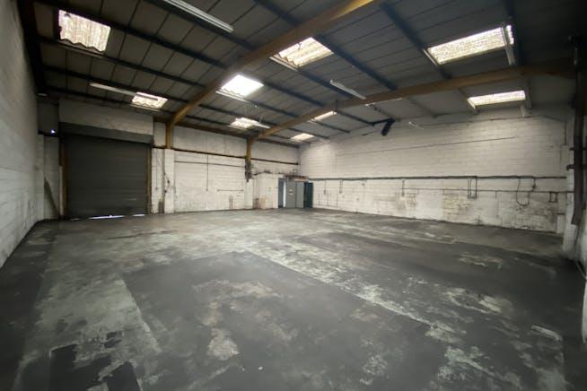 Unit 9 Thornham Grove Industrial Estate, London, Industrial To Let - IMG_5495.jpg
