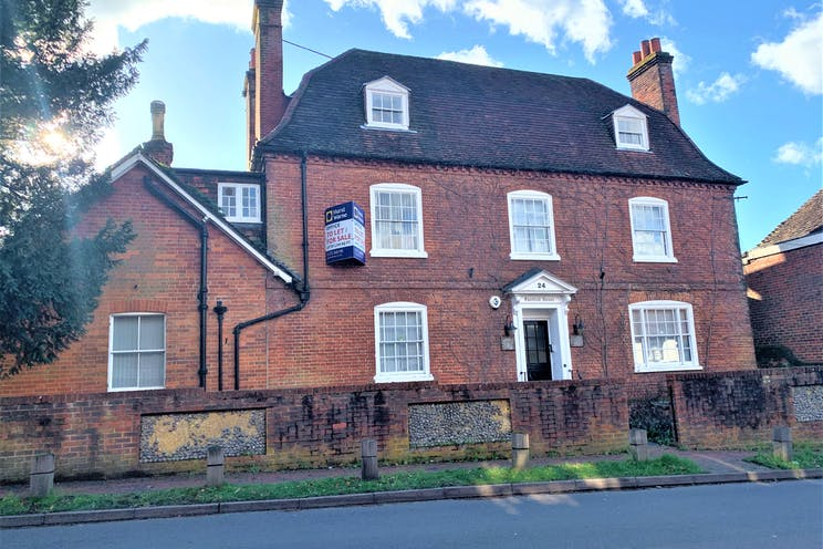 Fairfield House, 24 High Street, Bookham, Offices To Let - IMG_6738.jpg