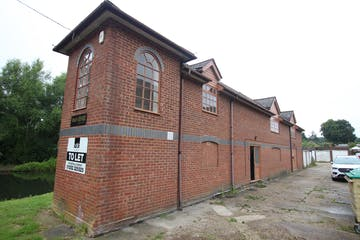 Rear The Parade, Wharf Road, Ash Vale, Offices / Warehouse & Industrial To Let - IMG_9900.JPG