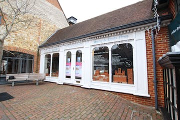 16 Lion & Lamb Yard, Farnham, Retail To Let - IMG_0591.JPG