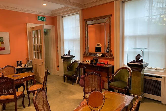 19 West Eaton Place, Belgravia, London, Office To Let - West Eaton Place Belgravia Office.jpg