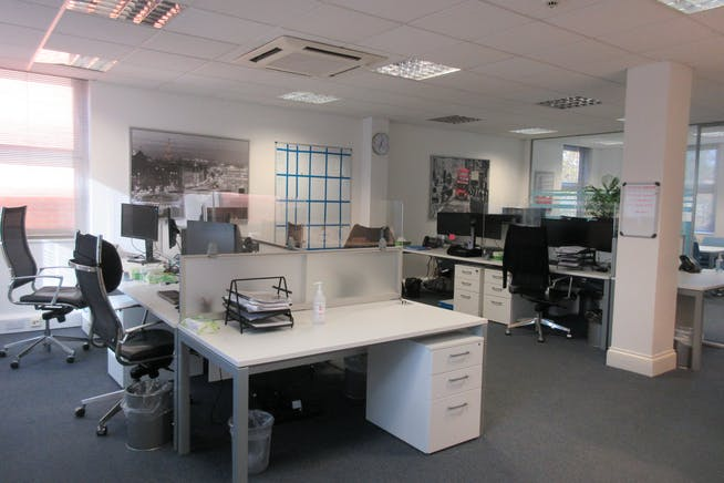 Suite 6, The Monument, 45-47 Monument Hill, Weybridge, Offices To Let - IMG_2213.JPG