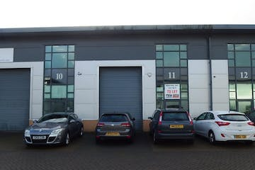 Unit 11 Devonshire Business Park, Knights Park Road, Basingstoke, Open Storage To Let - P1040673.JPG