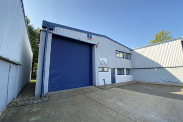 Unit 7, Oxford Road Industrial Estate, Reading, Industrial To Let - Image-1.jpg
