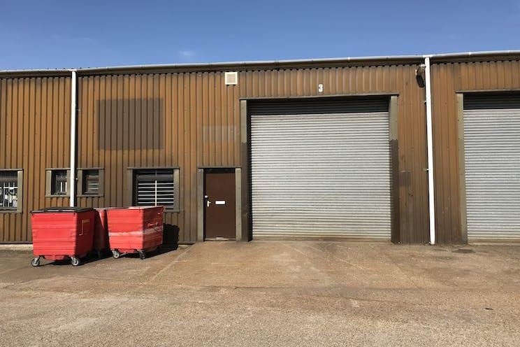 Unit 3, Sandhurst, Warehouse & Industrial To Let - IMG_2219.jpg