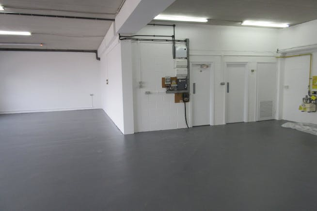 Units 3 & 4 Byfleet Technical Centre, Canada Road, Byfleet, Warehouse & Industrial To Let / For Sale - IMG_9282.JPG