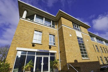 25 Clarendon Road, Redhill, Offices / Serviced Offices To Let - 25 Clarendon Road