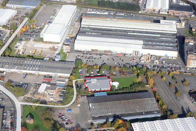 Maginus  | Roundthorn Industrial Estate, Floats Road, Wythenshaw, Office To Let - Magnius - Image 3-01.jpg