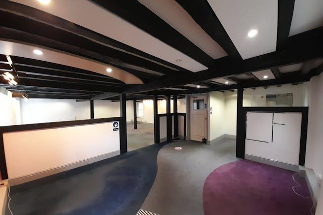 81/83 Church Street, Basingstoke, Offices / Retail To Let - 20210902_095012.jpg