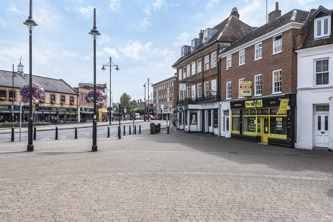 9 - 11 High Street, Market Square, Staines-upon-Thames, Retail For Sale - 502660  (2).jpg