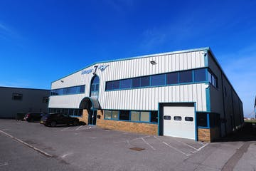 7 Cecil Pashley Way, Shoreham-by-Sea, Office To Let - P2230256.JPG