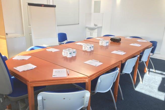 Century House, Hastings, Office To Let - Century House - Meeting Room.JPG