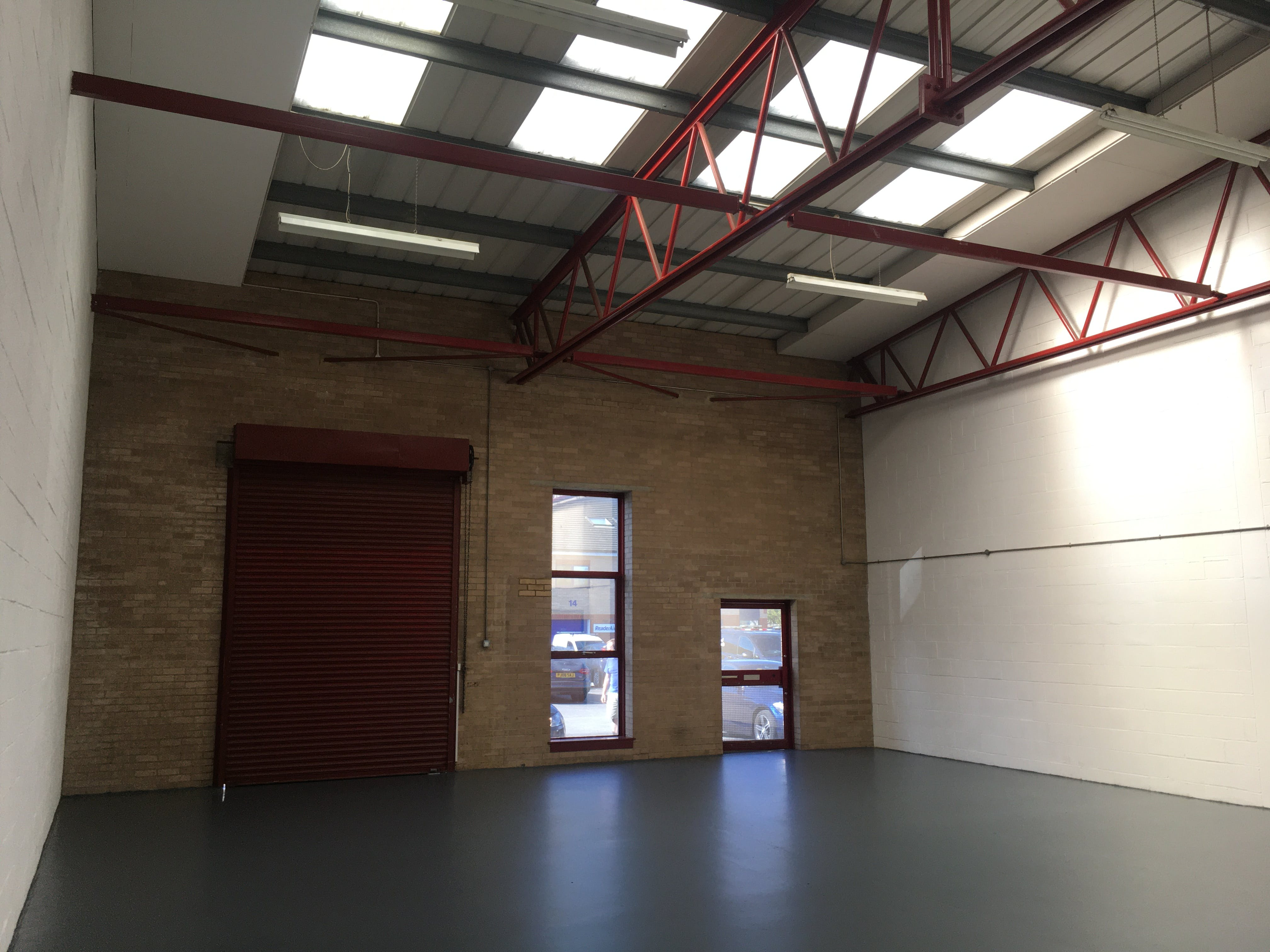 Unit 3, Boundary Business Centre, Woking, Warehouse & Industrial To Let - IMG_1808.JPG