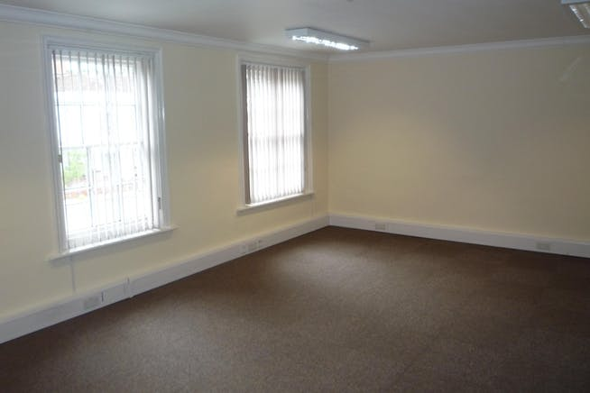 Suite 4, Crown House, Hartley Wintney, Offices To Let - P1020895.JPG
